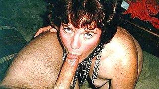 Кудрявая женщина в эротическом наряде делает минет кавалеру и дает ему поли ...
