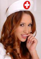 Большие титьки медсестры 1 фотография
