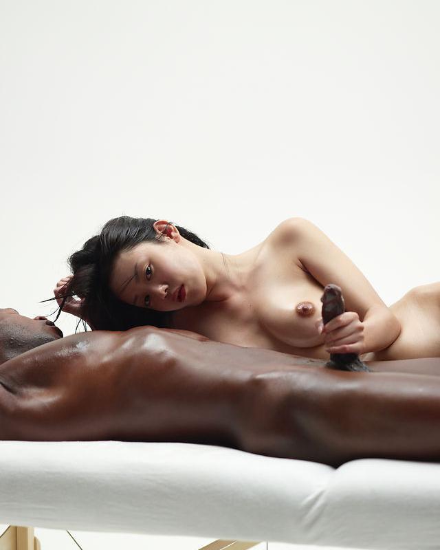 Классная порнуха: нигер и китаянка