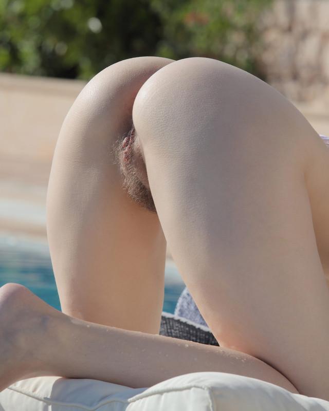 Клевый секс на вилле под солнцем