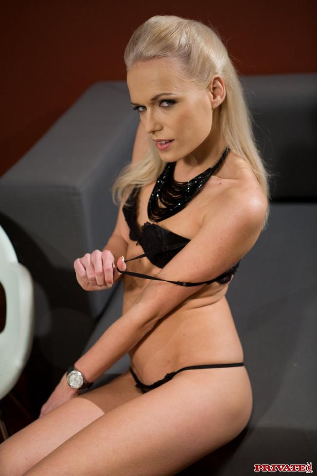 блондинки лесбиянки смотреть бесплатно