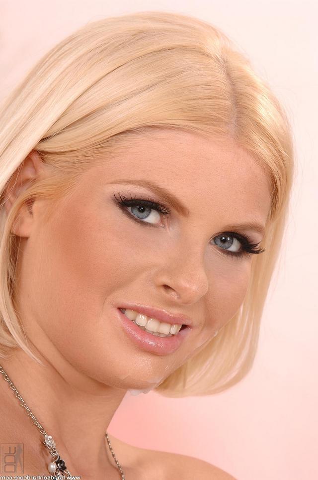 Гламурная девушка готова для траха