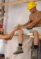 Порно строитель