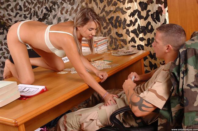 Девочку отимели в военкомате
