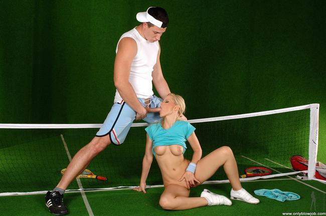 Тренер поимел молодую теннисистку