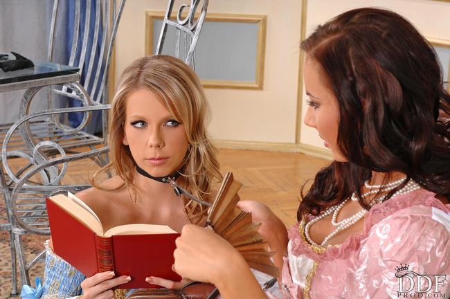 Лесбиянки Пользуются Самотыками Порно И Секс Фото С Лесбиянками