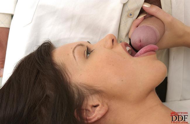 Пациентка Удивлена Размерами Докторского Члена Порно И Секс Фото С Большими Членами