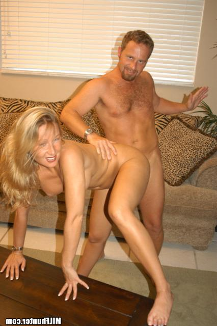 Марину легко развести на перепих секс фото