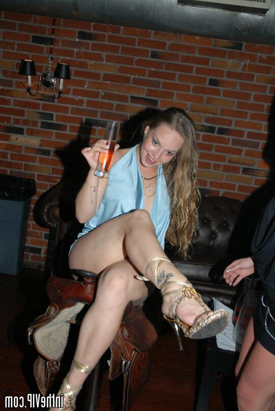 Рыжая Лисичка С Двумя Хуями Порно И Секс Фото С Рыжими