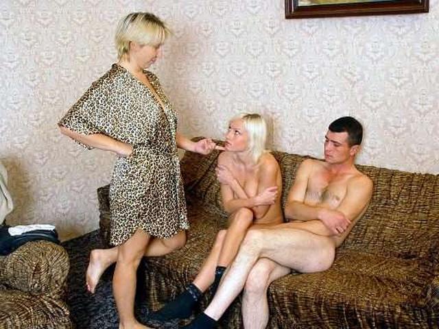 Юные парнишки обожают заниматься интимом смотреть эротику