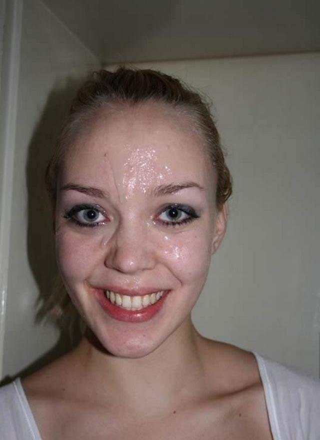 Разукрашивают лица красоток спермой