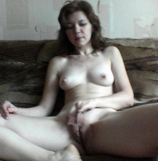 Приняли позу, наиболее удобную для секса