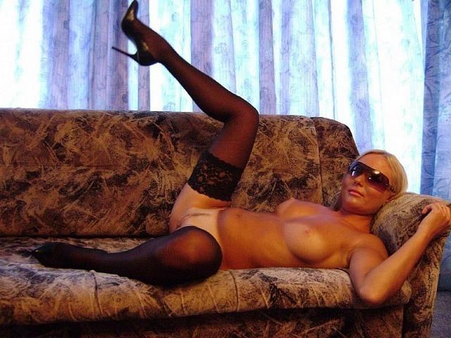 Сексуальные фотографии Совершеннолетних жен смотреть эротику