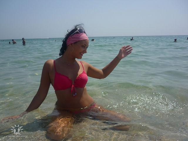 Замечательные няшки на пляжах