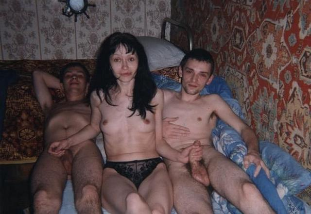 Занимающиеся сексом тройки