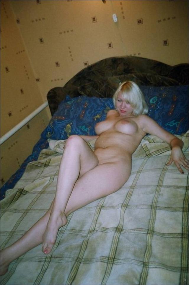 Мужья сфотографировали голеньких жен