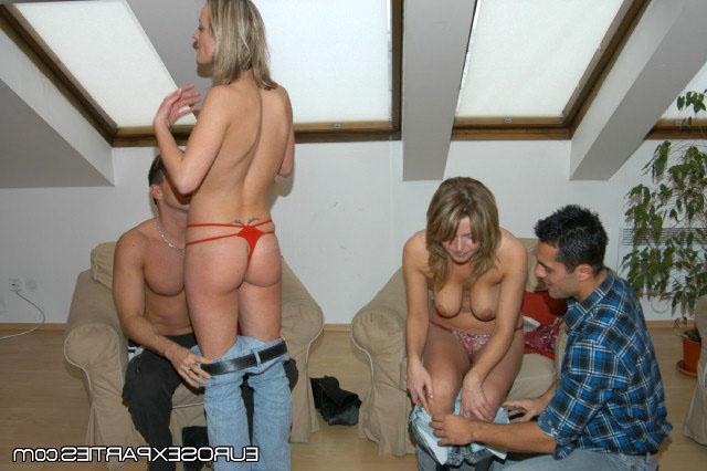 Друзья отдыхали и заказали проституток
