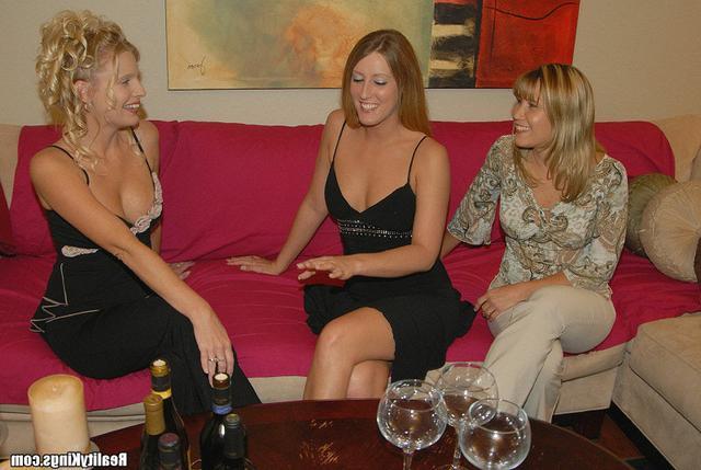 Сорокалетние Лесбиянки Развлекаются Порно И Секс Фото С Зрелыми Дамочками