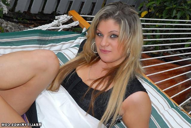 Крупное Тело Красотки, Но Аппетитное Порно И Секс Фото С Блондинками