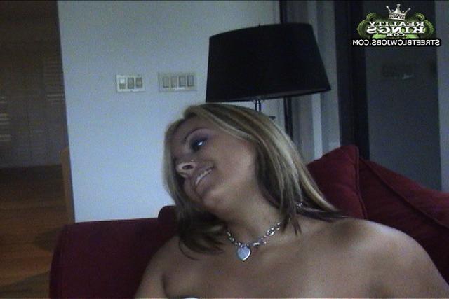 Синди согласна заняться сексом на камеру