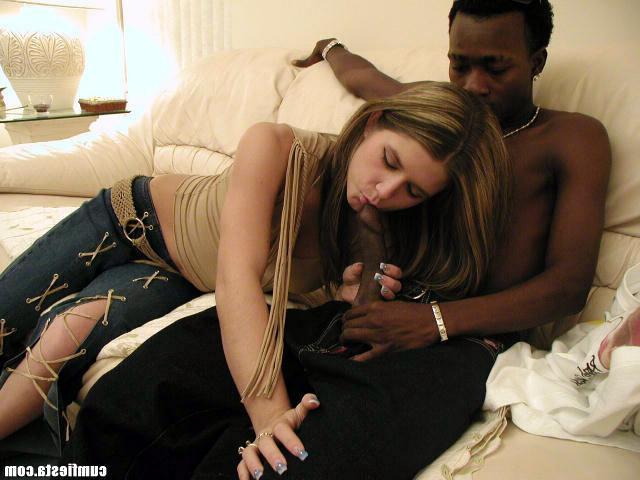 Девка отдалась негритянскому парнишке