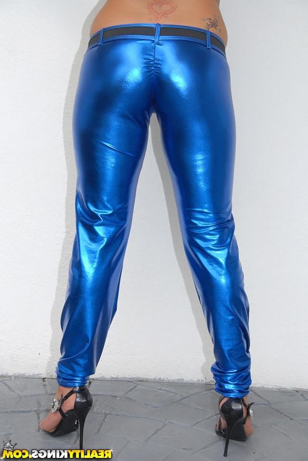 Таджичку в голубых штанах поимели
