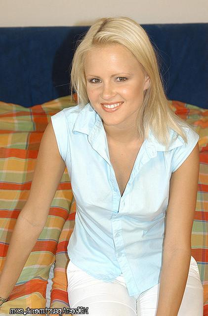 Привлекательная  блонди обожает перепихон