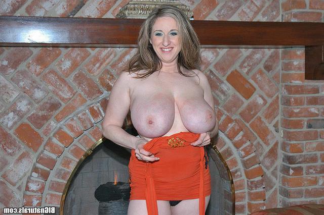 Обалденно крупные груди