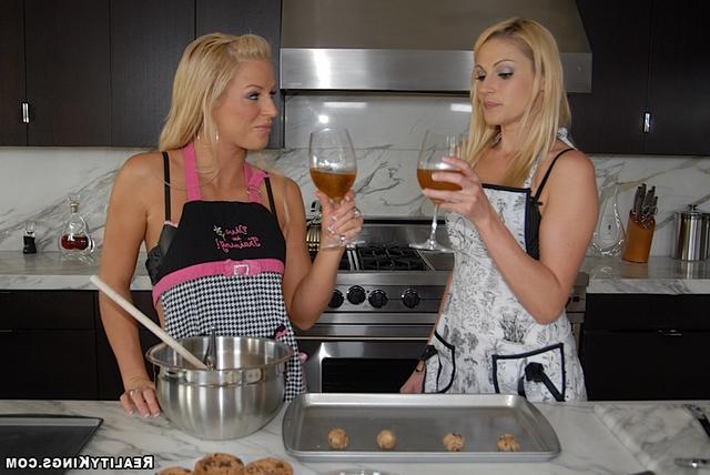 Девичьи пальчики для готовки и секса