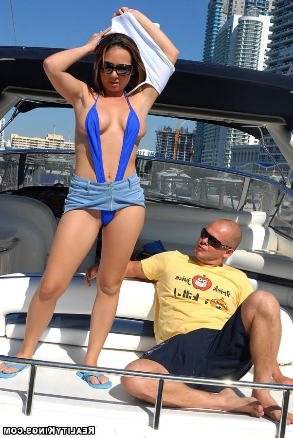 Горячий секс в воде