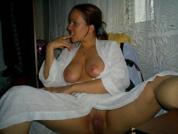 Голые вагины очаровательных домохозяек