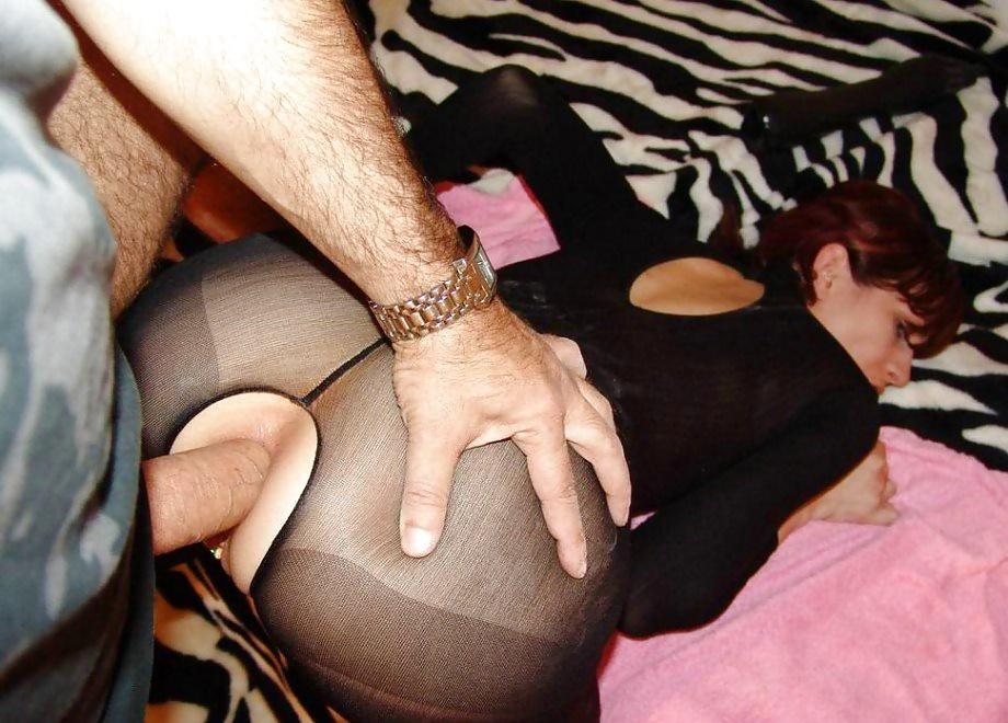 Стоя раком девка занимается анальным сексом смотреть эротику