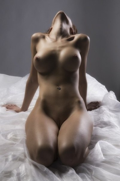 Милые дойки обнаженных нимфеток секс фото