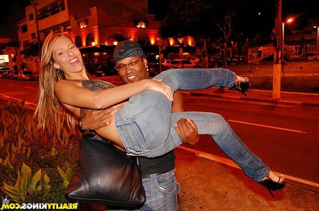 Повелась на крутого афроамериканца секс фото