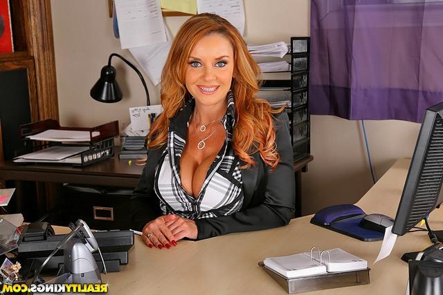 Порно со зрелыми боссом, зрелые ню женщины онлайн