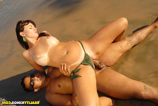 Секс на необитаемом острове