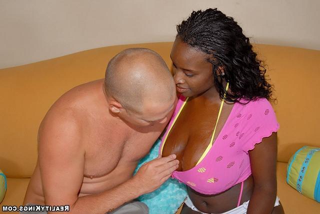 Шоколадные груди смотреть эротику