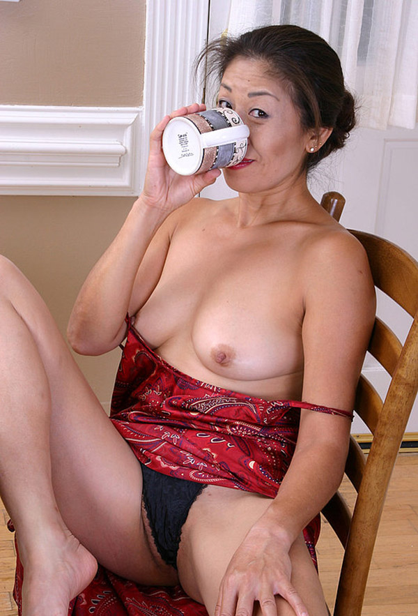 Онлайн порно зрелых японок женщин 8