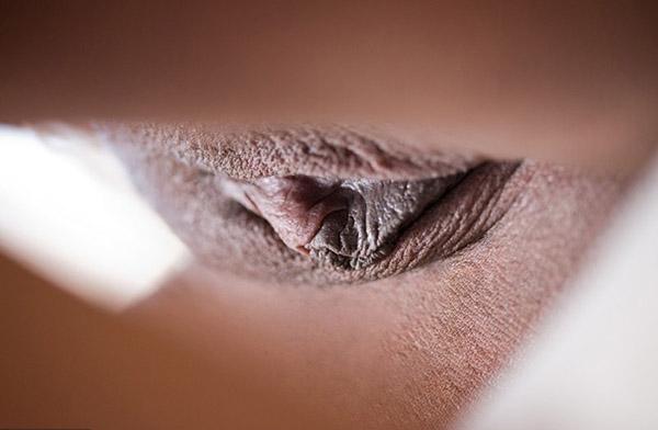 Секс-фото Юной черной бабы секс фото