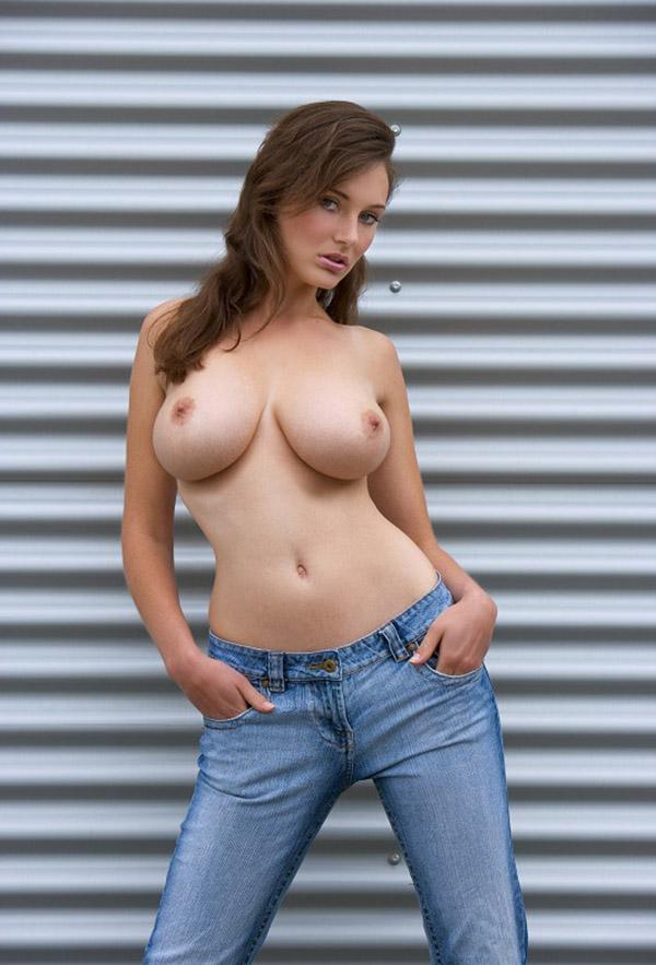 Оголила огромную грудь фото — photo 9