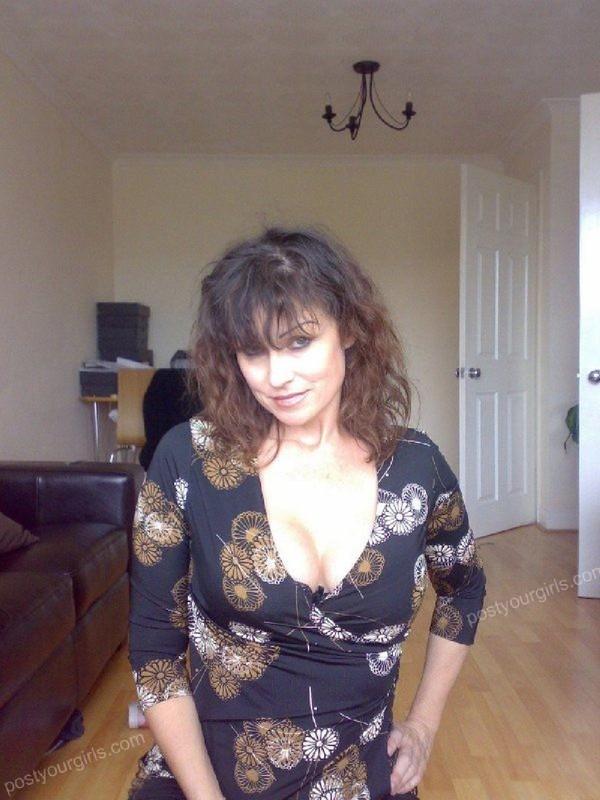 Нехватка Мужской Ласки Довела До Использования Дилдо Порно И Секс Фото С Зрелыми Дамочками