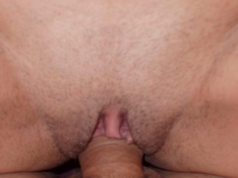 Матерая шваль насадилась на пенис