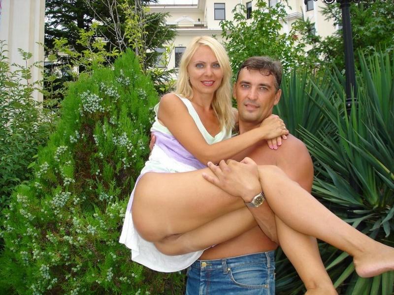 Пара разнообразила соблазнтельную жизнь