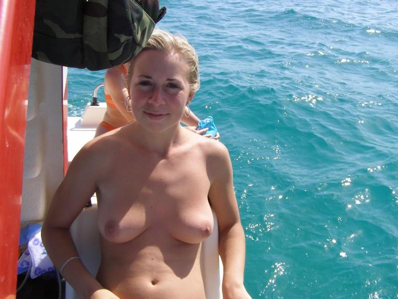 Переспал с женушкой друга когда та была в отпуске секс фото