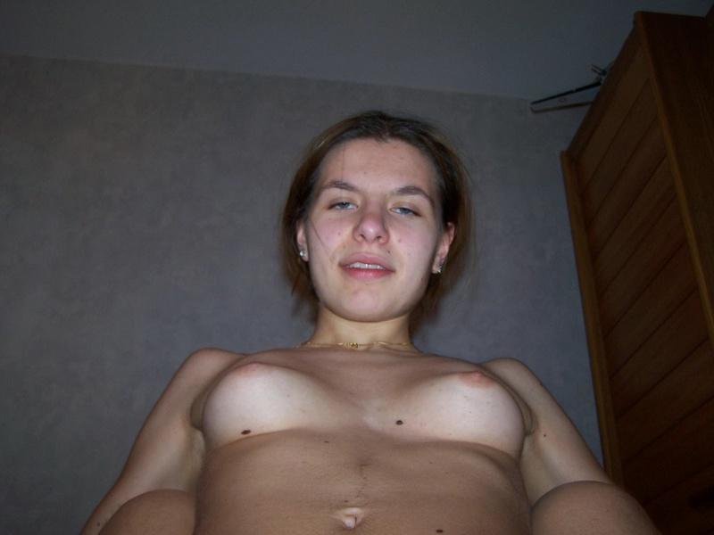 Трахнул Алену, которая любит показать свое стройное тело