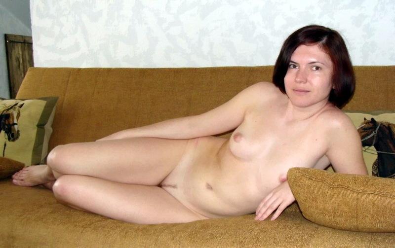 Красивые девушки не бояться стоять голыми