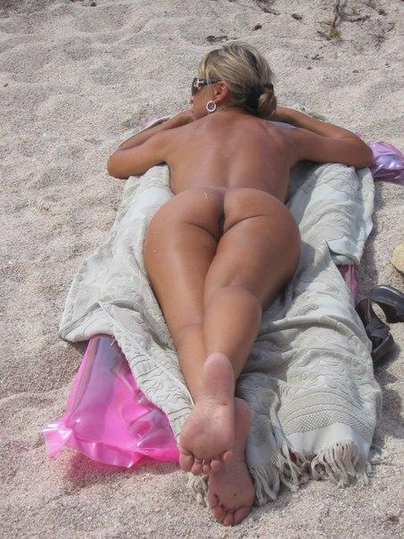 Пятидесятилетняя Ирка хочет нудистские пляжи и сексуальное белье