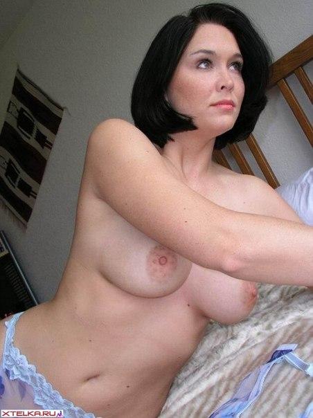 Голенькие маромойки в разных позах и во время секса