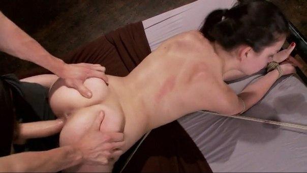 Жесткий секс в анус, орал и вагинальные трах