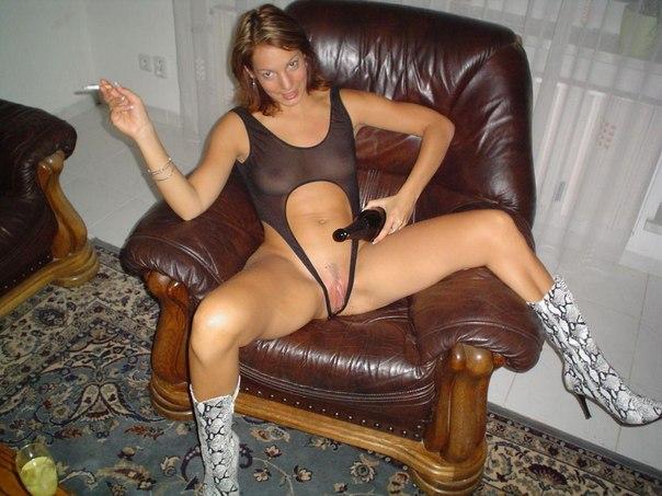 Этим женщинам нравится получать под хвостик без гандона